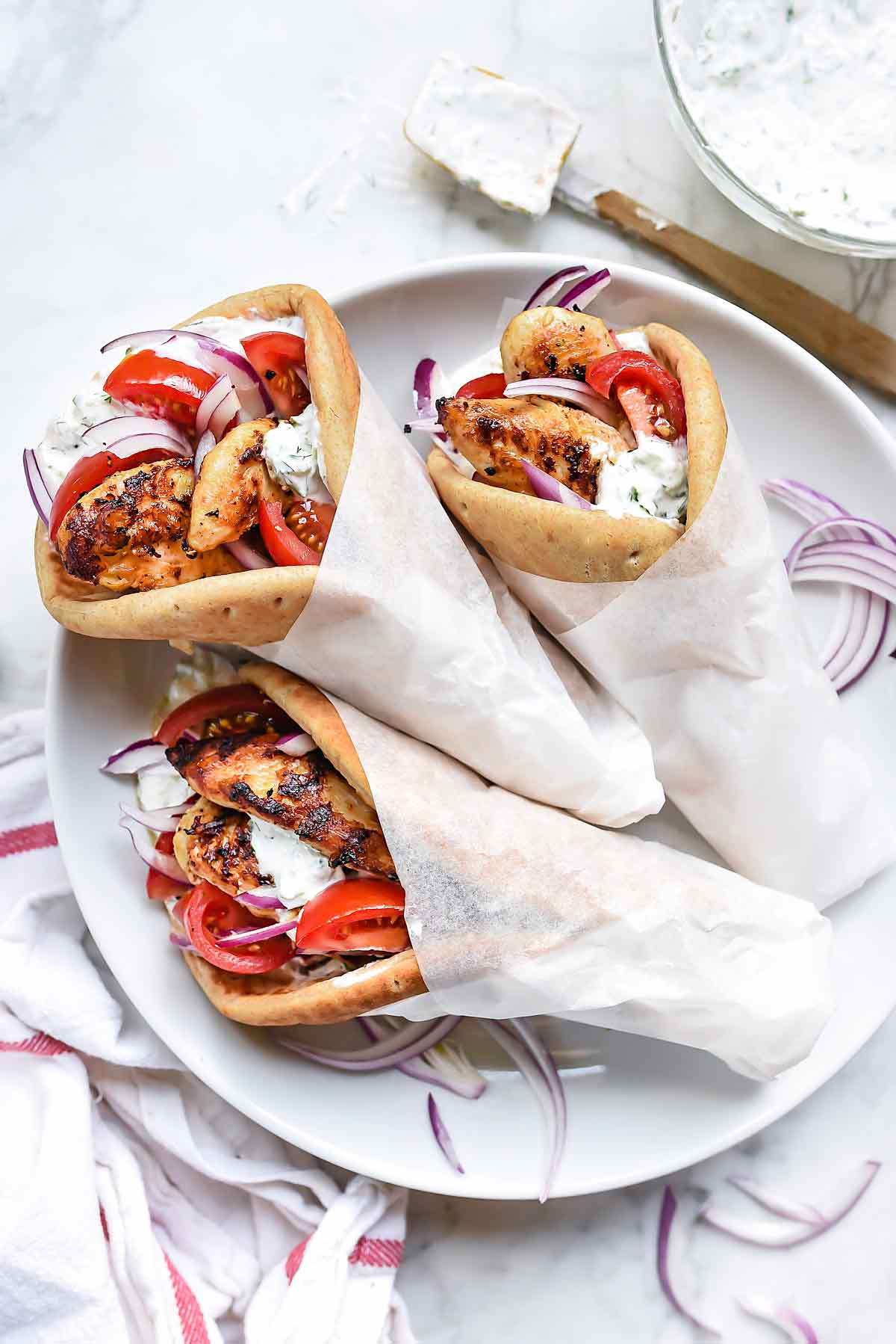 Easy Chicken Gyro Recipe With Tzatziki Sauce Foodiecrush Com