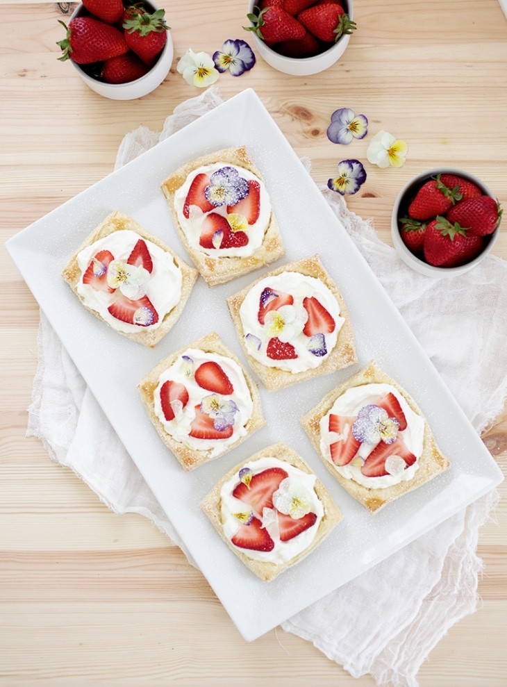 Floral Strawberry Tarts from The MerryThougth on foodiecrush.com