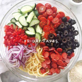 Easy Italian Spaghetti Pasta Salad on Friday Faves | foodiecrush.com