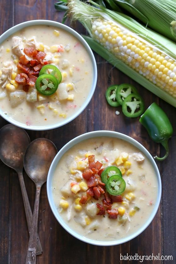9 juillet: Chaudrée de poulet et de maïs à la mijoteuse de Baked by Rachel sur foodiecrush.com