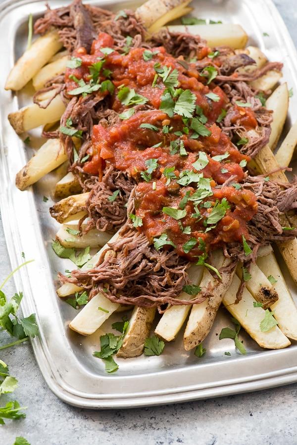 Carne Asada à la mijoteuse avec frites au four de Boulder Locavore sur foodiecrush.com