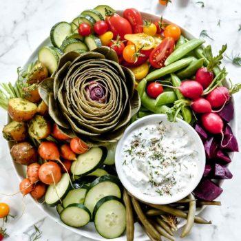 Vegetable Plate with Greek Yogurt Tzatziki Sauce Dip | foodiecrush.com