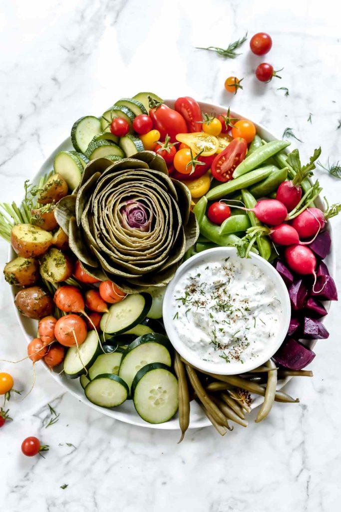 Vegetable Plate with Greek Yogurt Tzatziki Sauce Dip | foodiecrush.com