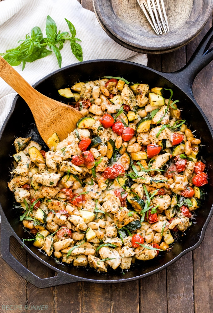 Italian Chicken and Vegetable Skillet from reciperunner.com on foodiecrush.com