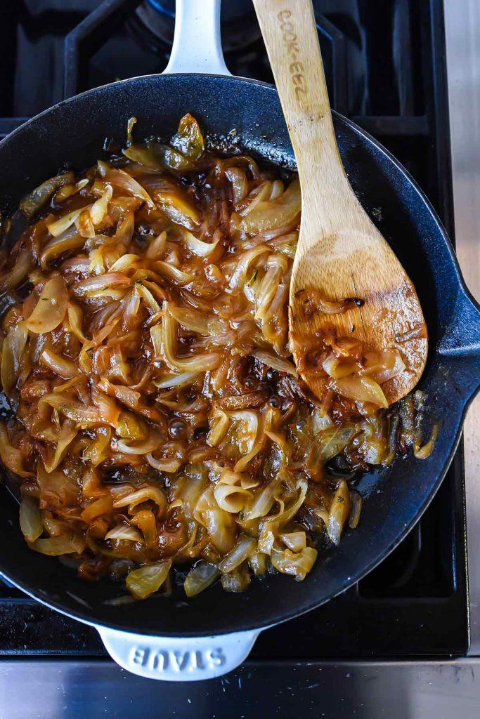 How to Make Caramelized Onions | foodiecrush.com