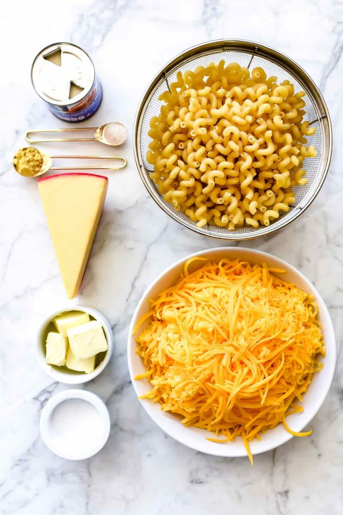 Instant Pot Macaroni and Cheese | foodiecrush.com #macaroniandcheese #macaroni #pasta #cheese #comfortfood #recipes #dinnertime