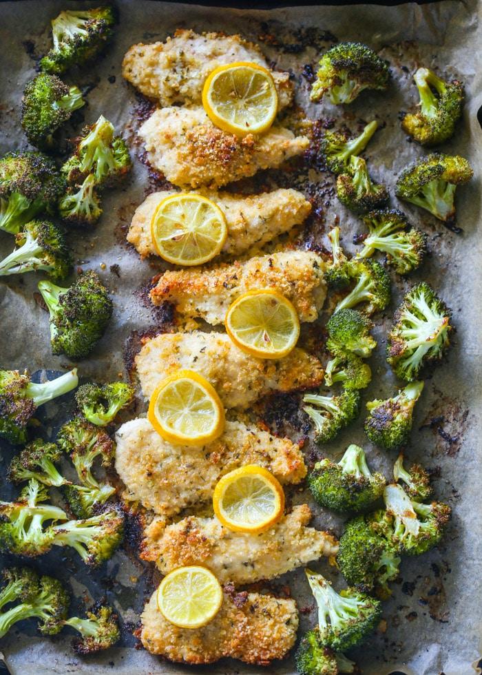 Poulet et brocoli au citron et au parmesan cuits au four de gimmedelicious.com sur foodiecrush.com