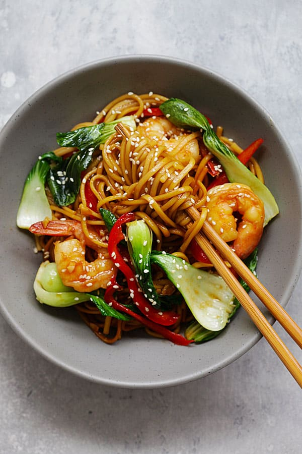 Shrimp Lo Mein from rasamalaysia.com on foodiecrush.com