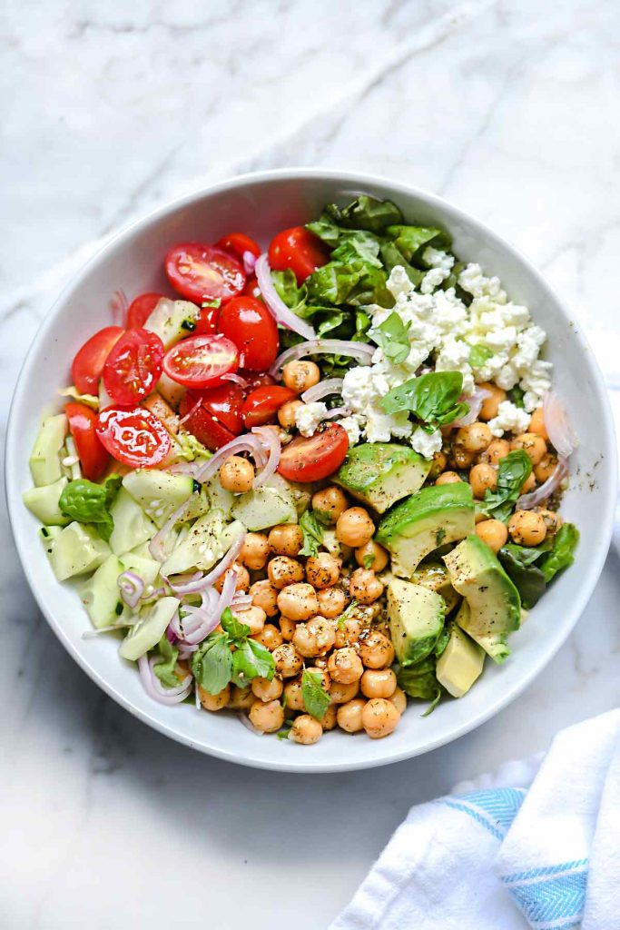 Crunchy Green Salad with Dilled Chickpeas and Avocado | foodiecrush.com #salad #avocado #recipes #lunch #chickpeas