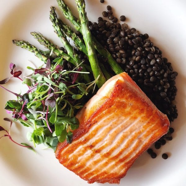 https://www.foodiecrush.com/20-easy-healthy-cauliflower-dinner-recipes/