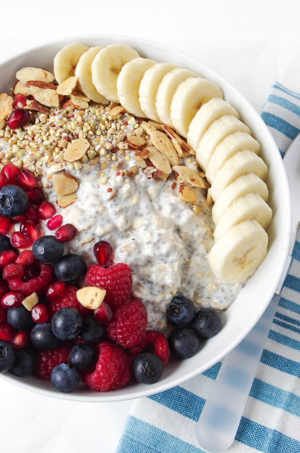 Vanilla Overnight Oat Breakfast Bowl with Fruit from theforkedspoon.com on foodiecrush.com