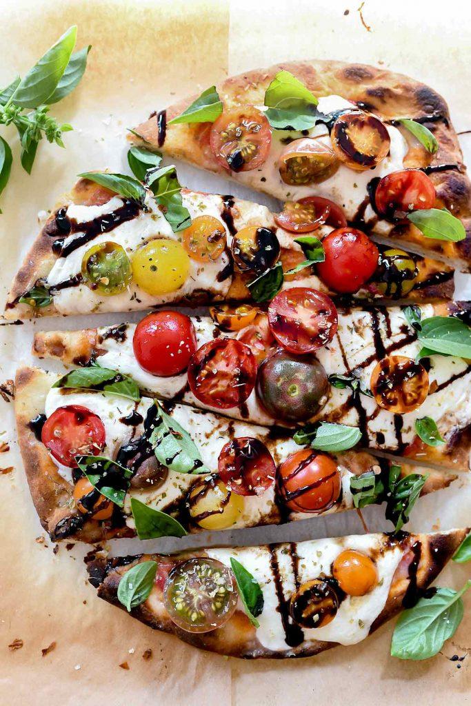 Mozzarella and Tomato Caprese Flatbread | foodiecrush.com #flatbread #pizza #tomato #mozzarella #appetizer #recipes #dinner