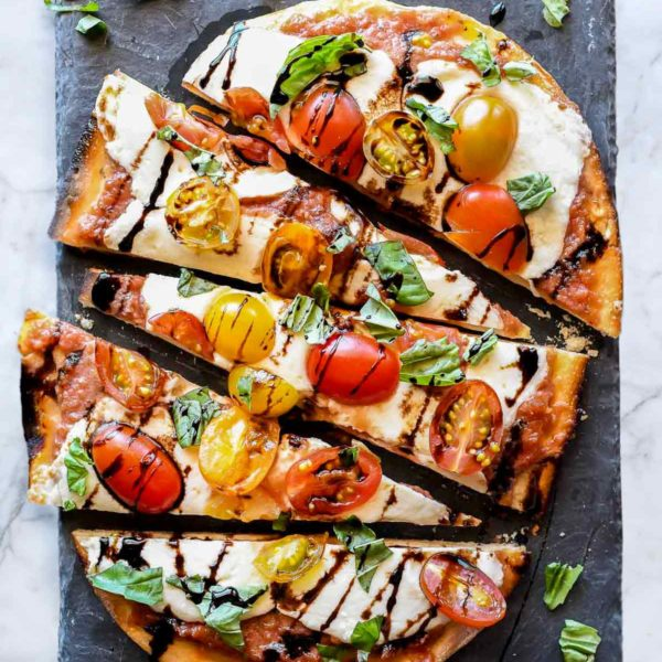Mozzarella and Tomato Caprese Flatbread | foodiecrush.com #flatbread #pizza #tomato #mozzarella #appetizer #recipes #dinner