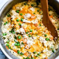 One Pot Chicken and Rice Casserole | foodiecrush.com #chicken #casserole #rice #white #recipes #healthy