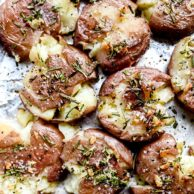 Rosemary Garlic Smashed Red Potatoes | foodiecrush.com #potatoes #sidedish #smashed #baked #redpotatoes