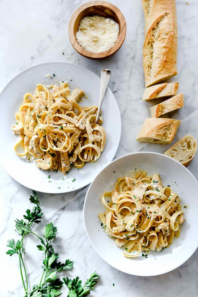 Chicken Alfredo (Instant Pot and Stove Top) | foodiecrush.com #pasta #fettuccine #alfredo #chicken #recipes