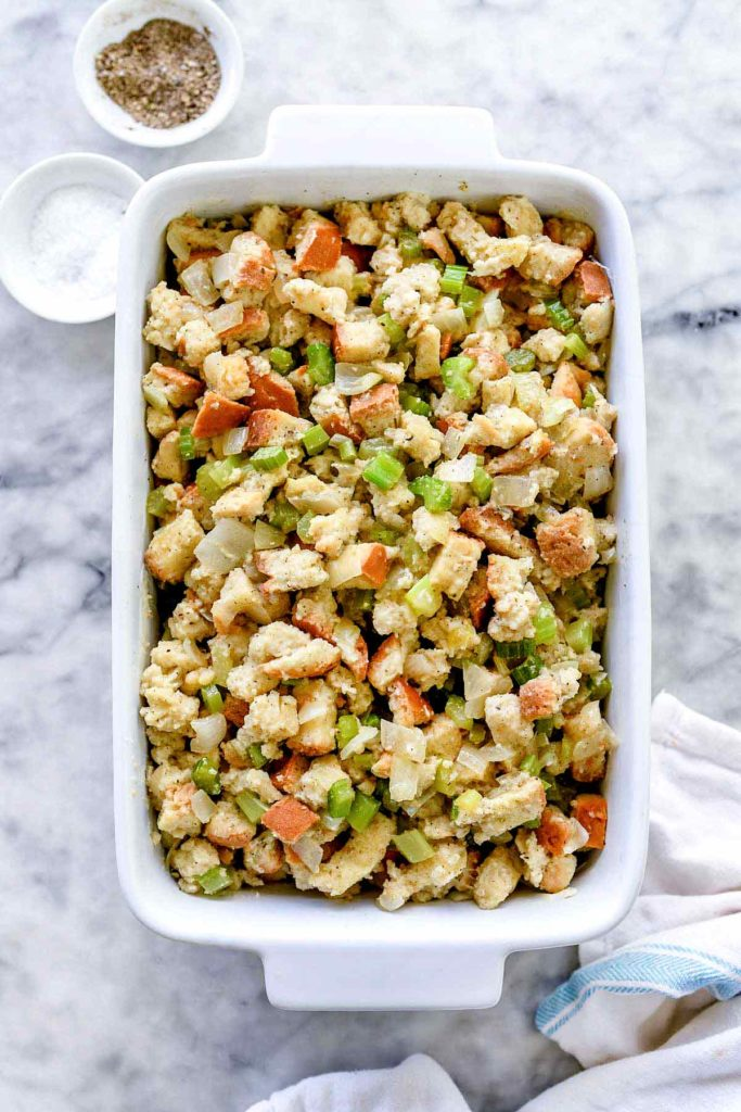 Easy Classic Stuffing Recipe | foodiecrush.com #stuffing #recipe #homemade #thanksgiving #easy