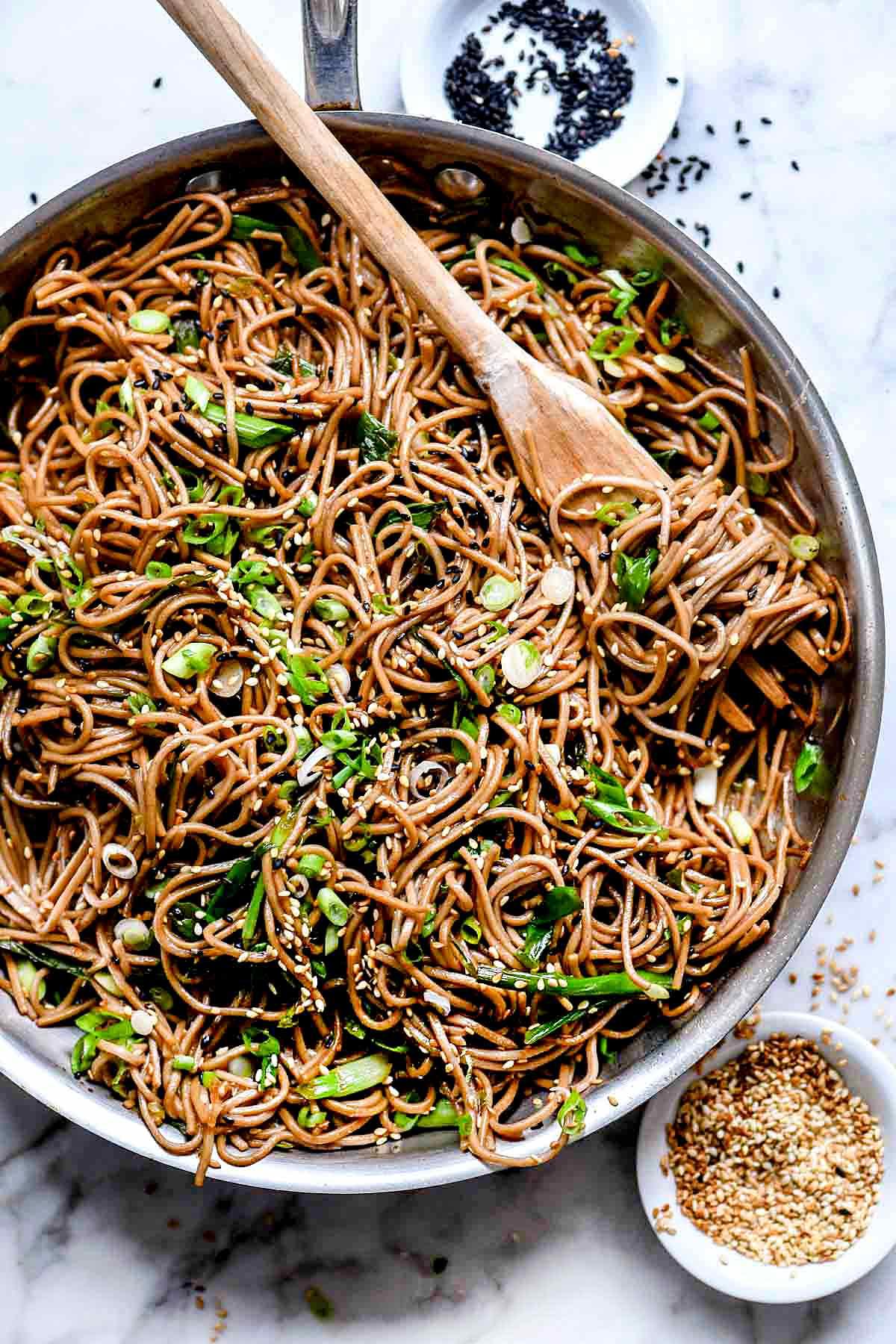 Sesame Soba Noodles | familycuisine.net #soba #noodles #sesame #recipe #healthy