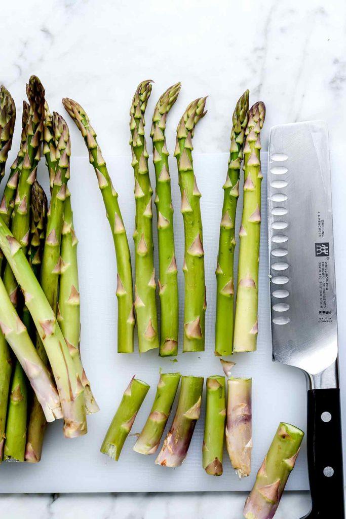 How to Trim Asparagus | foodiecrush.com