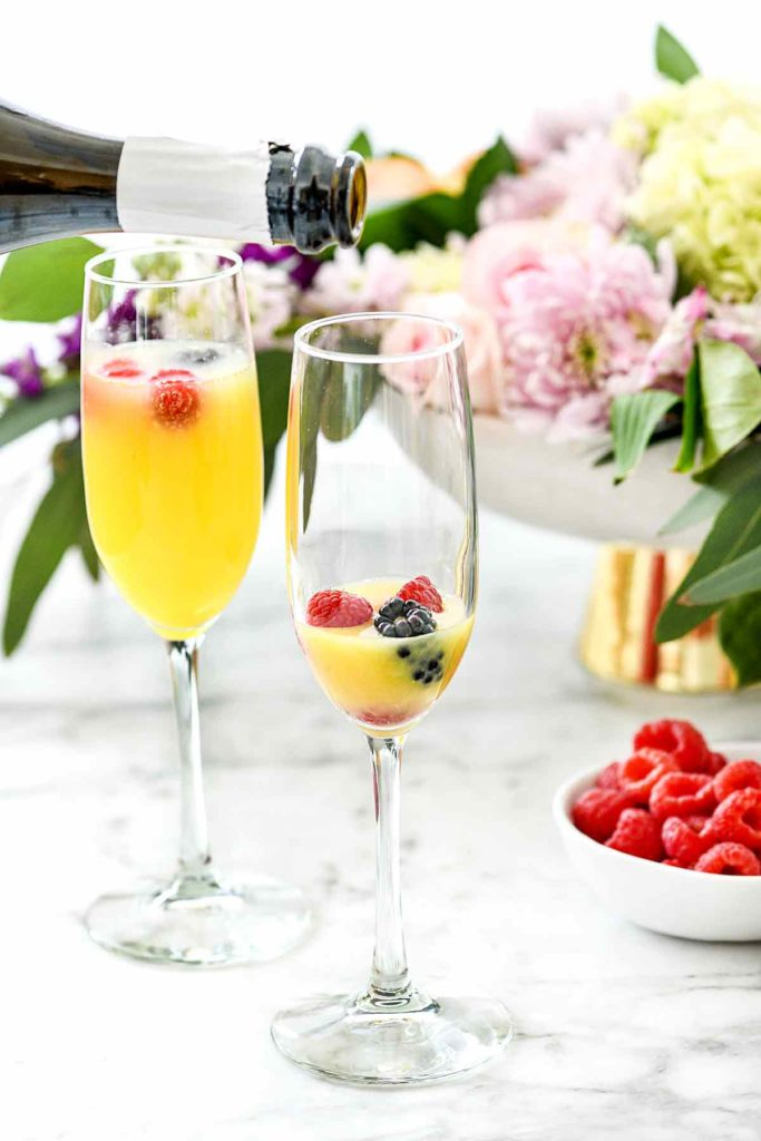 How to Make the Best Mimosa | foodiecrush.com #mimosa #bar #brunch #champagne