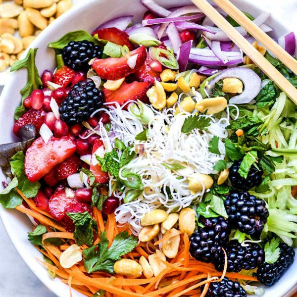 Vietnamese Rice Noodle Salad Bowl with Berries| foodiecrush.com #vietnamese #salad #bun #berries #healthy #recipes