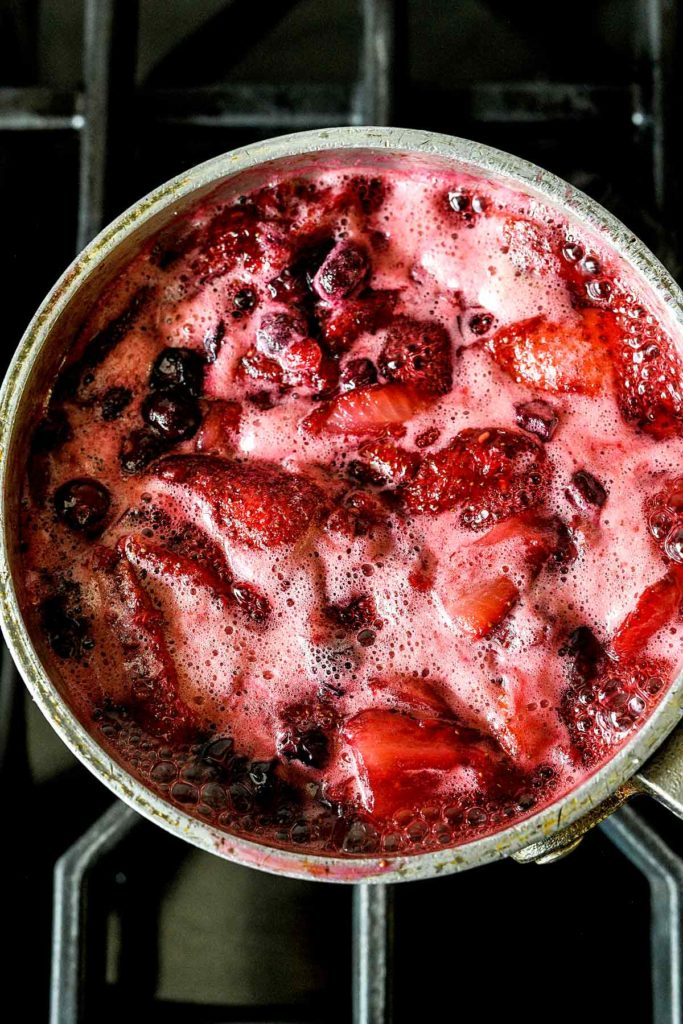 15-Minute Berry Jam | foodiecrush.com #jam #recipes #berry