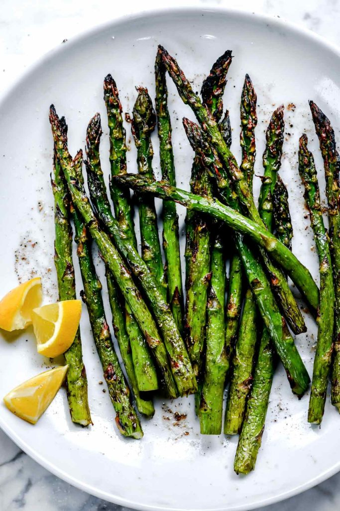 Grilled Asparagus | foodiecrush.com #asparagus #grilled #grilling #healthy #recipes