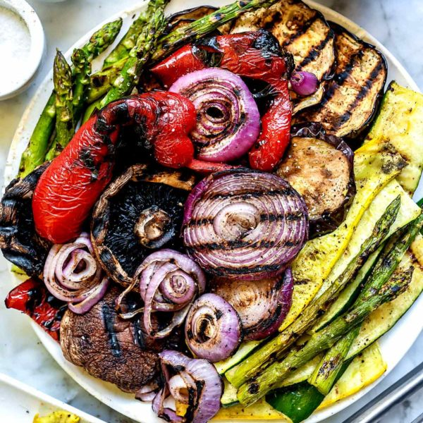 Best Easy Grilled Vegetables   foodiecrush.com