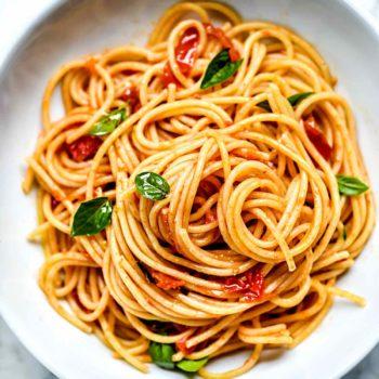 Quick Pasta Pomodoro Sauce | foodiecrush.com