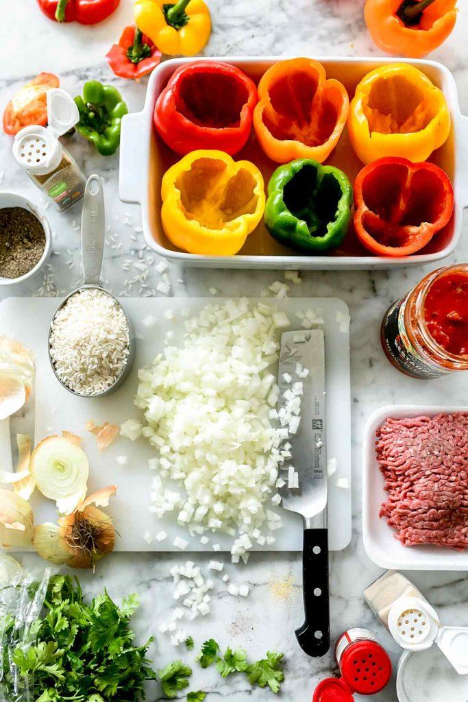 Ingrédients de poivrons farcis mexicains |  foodiecrush.com