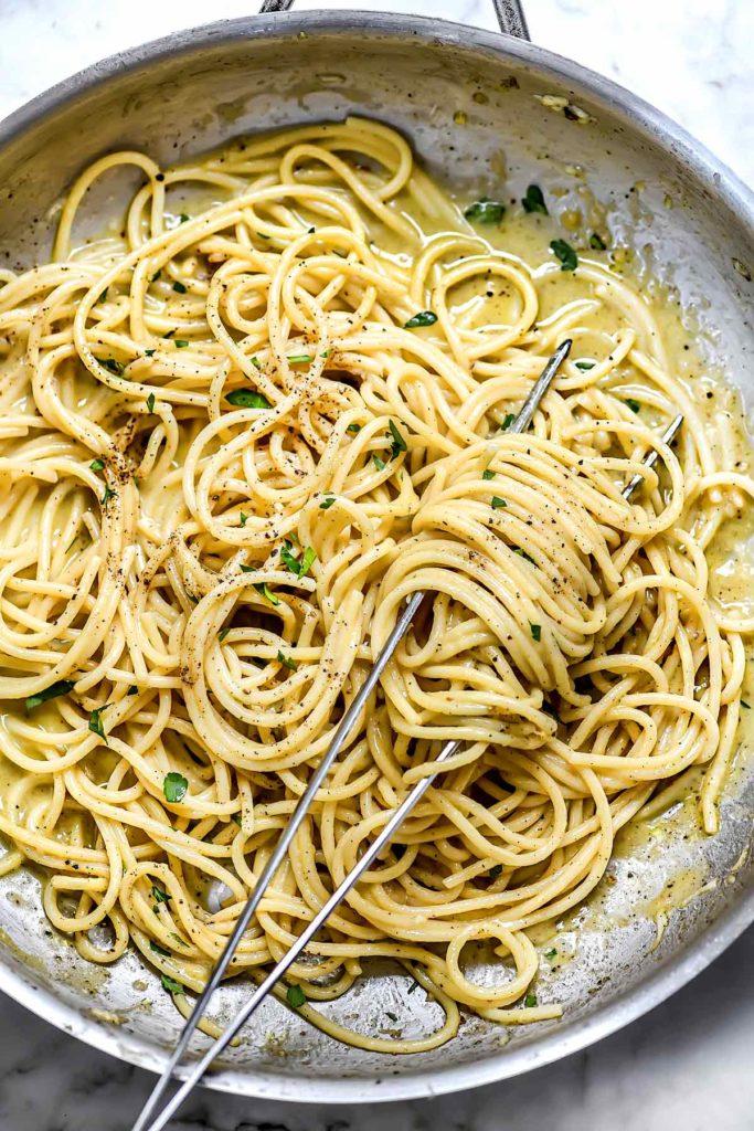 Cacio e Pepe | foodiecrush.com