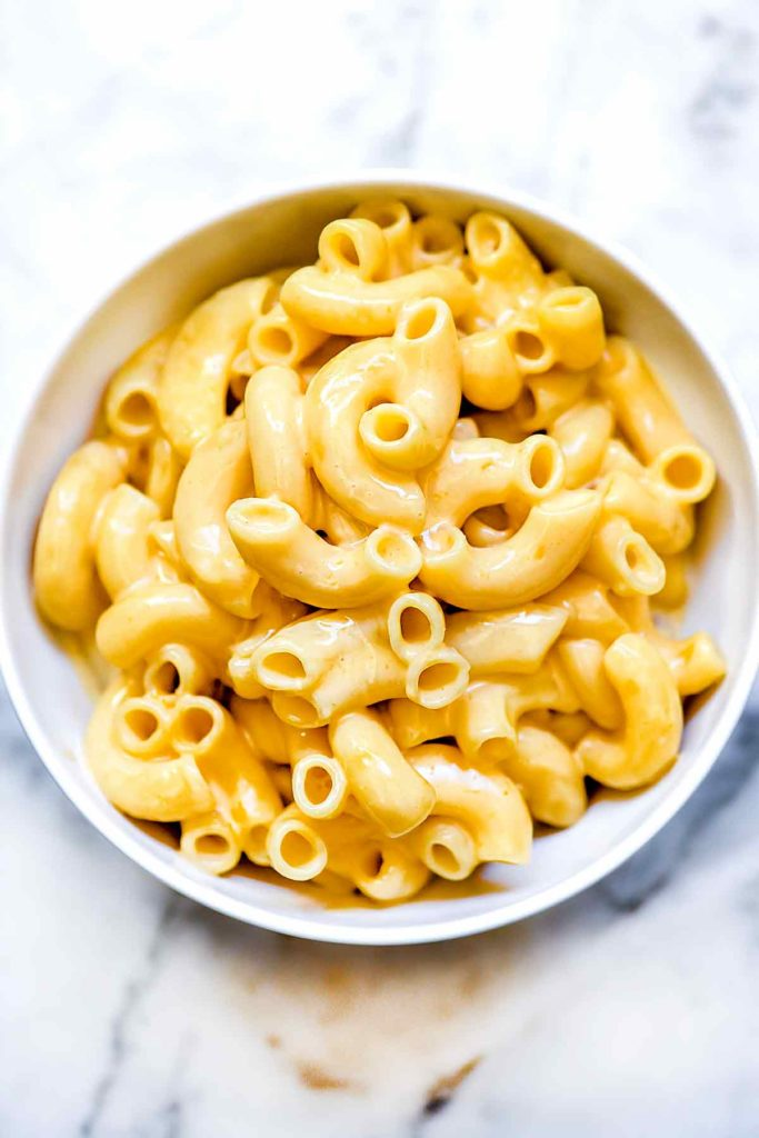 Easy Homemade Mac n Cheese on the Stovetop   foodiecrush.com