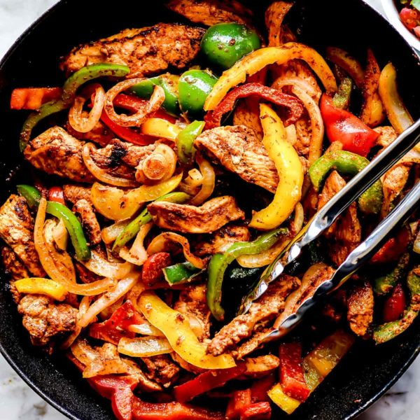 The BEST Chicken Fajitas foodiecrush.com