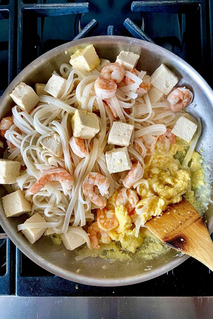 Pad Thai on stove foodiecrush.com